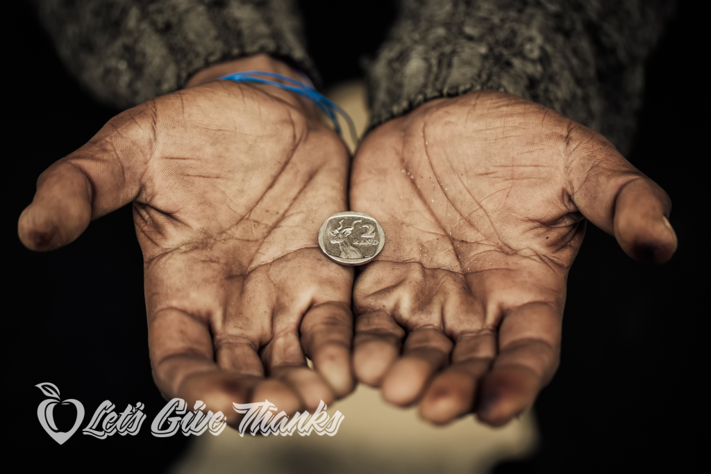 lets-give-thanks_thnksgvng_coin-in-hand_white-logo