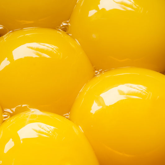 egg-yolks-close-up